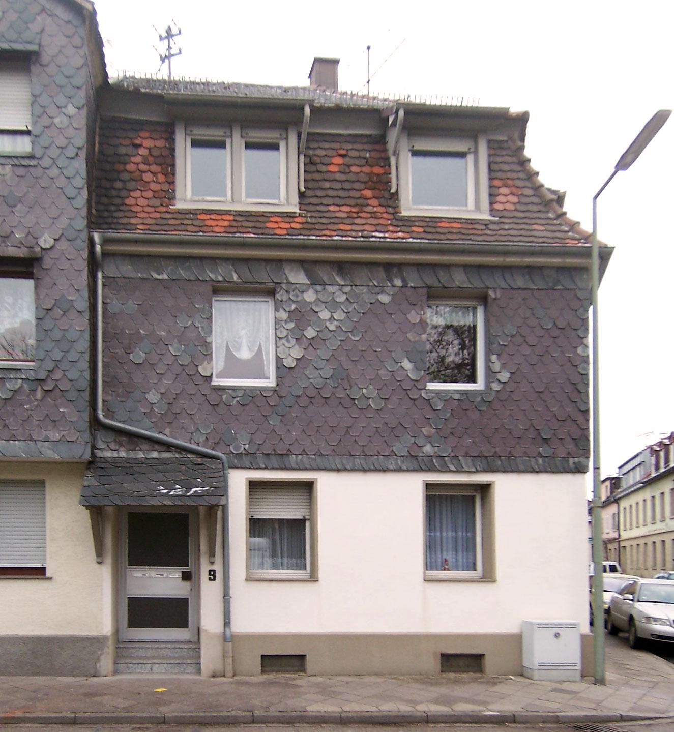 Altbau Fassadenansicht vor Modernisierung