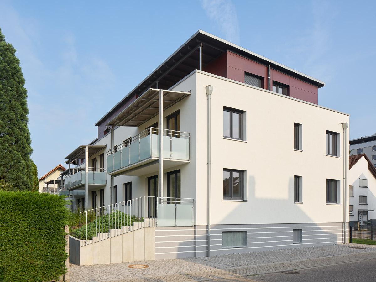 mehrfamilienhaus kfw 70 stutensee b chig im bau bisch. Black Bedroom Furniture Sets. Home Design Ideas
