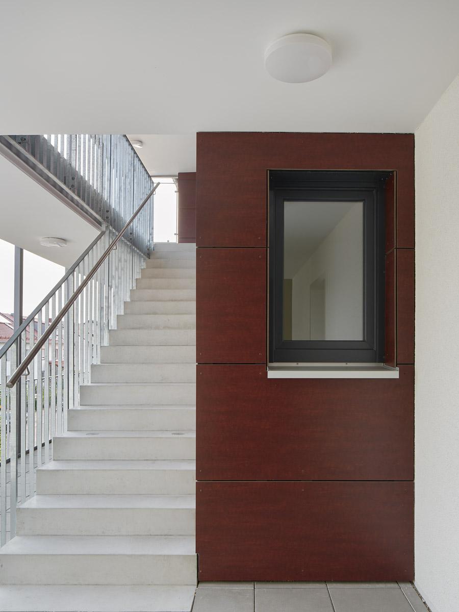 mehrfamilienhaus kfw 70 stutensee b chig im bau bisch otteni architekten. Black Bedroom Furniture Sets. Home Design Ideas